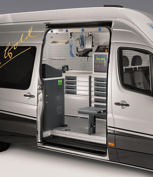 bott verkstadsutrustning och bilinredning i servicebil